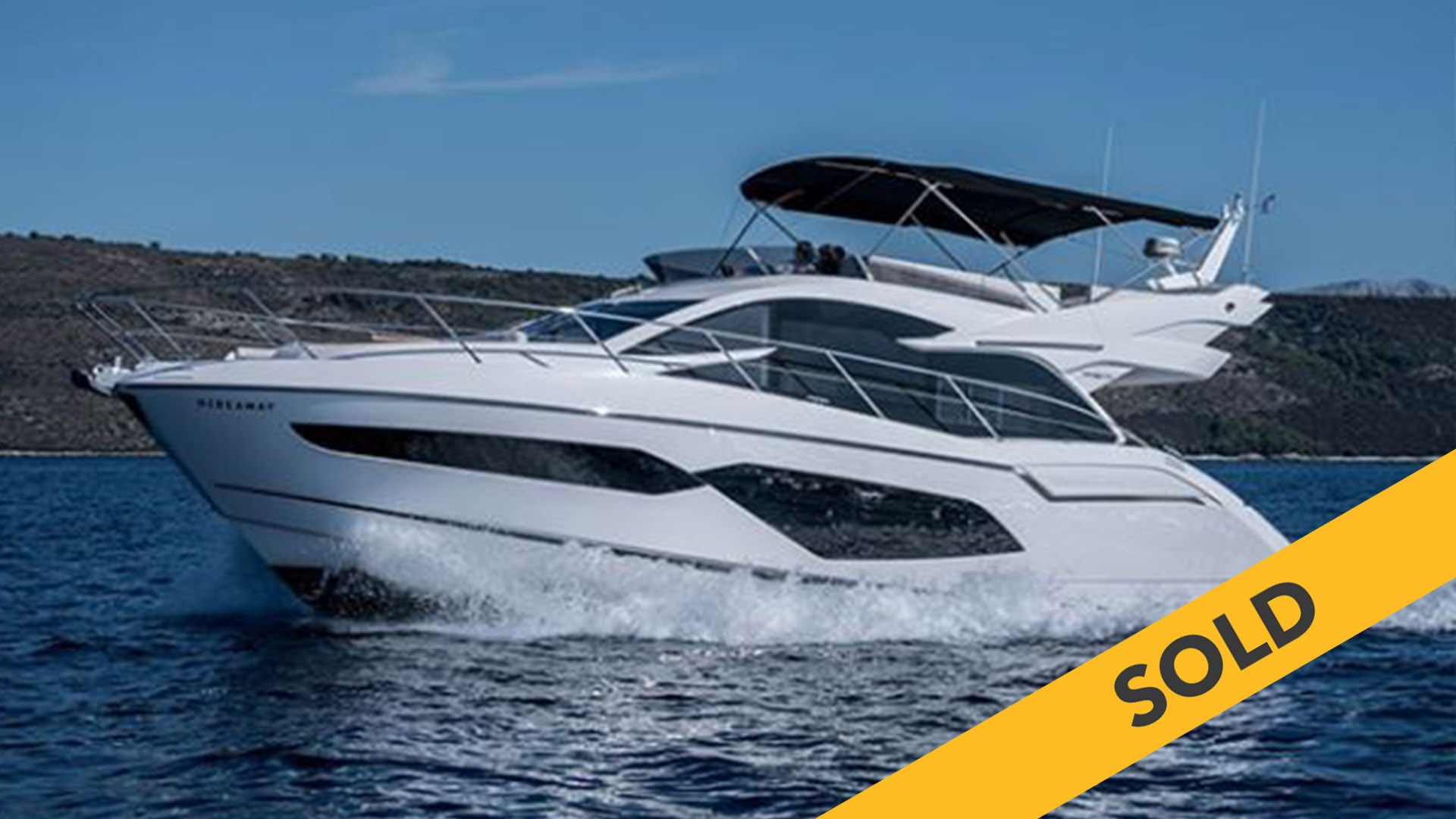 2017 SUNSEEKER MANHATTAN 52 (SOLD)