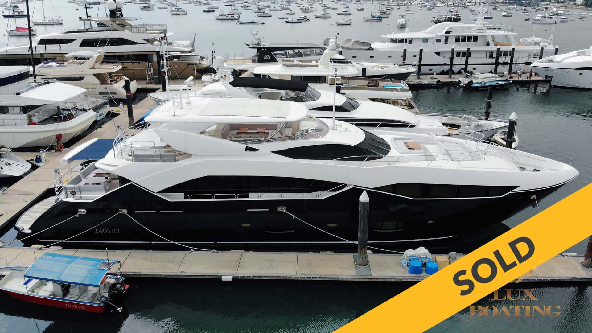 2011 SUNSEEKER PREDATOR 115 (SOLD)