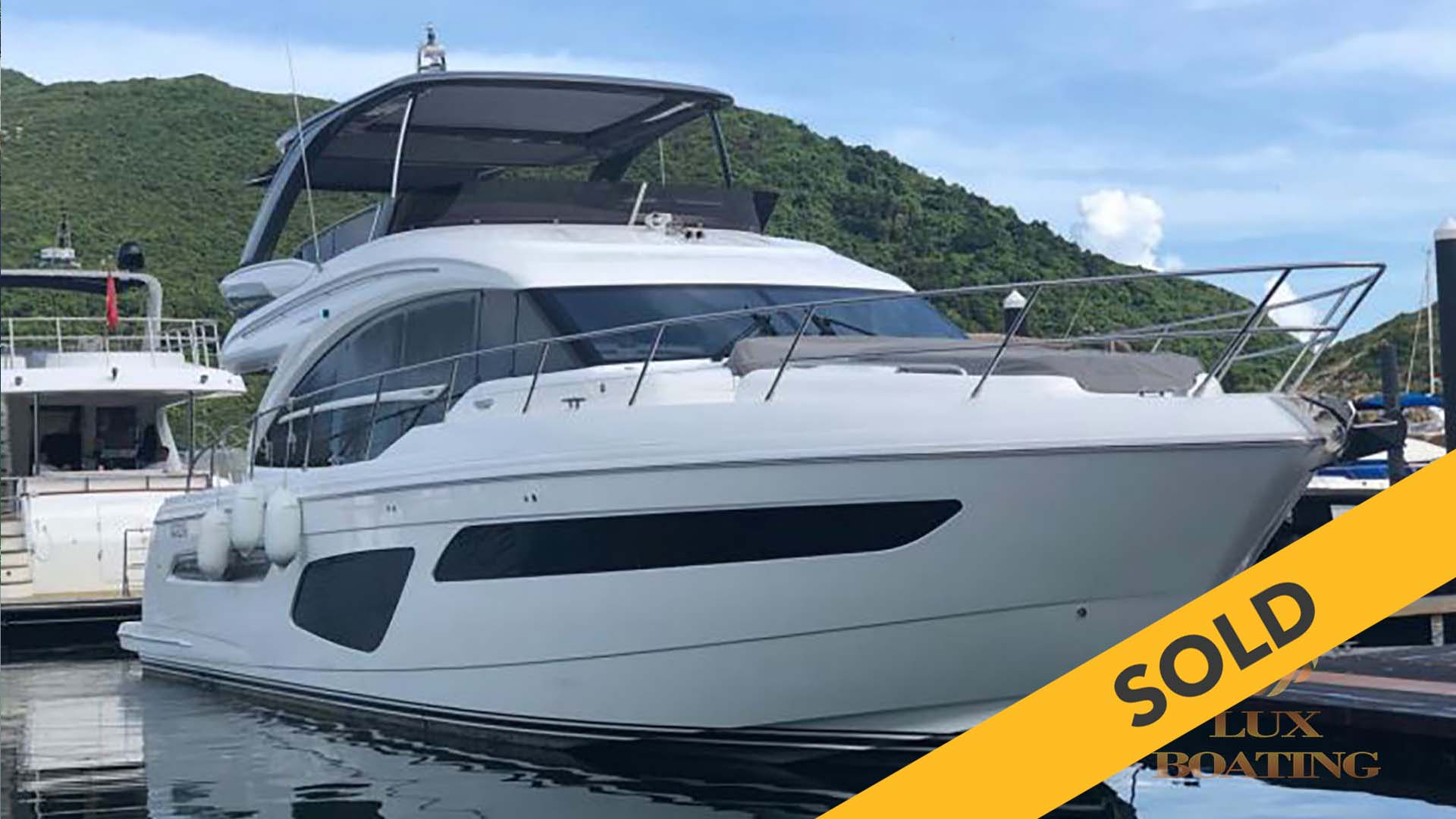 2017 PRINCESS F62 (SOLD)