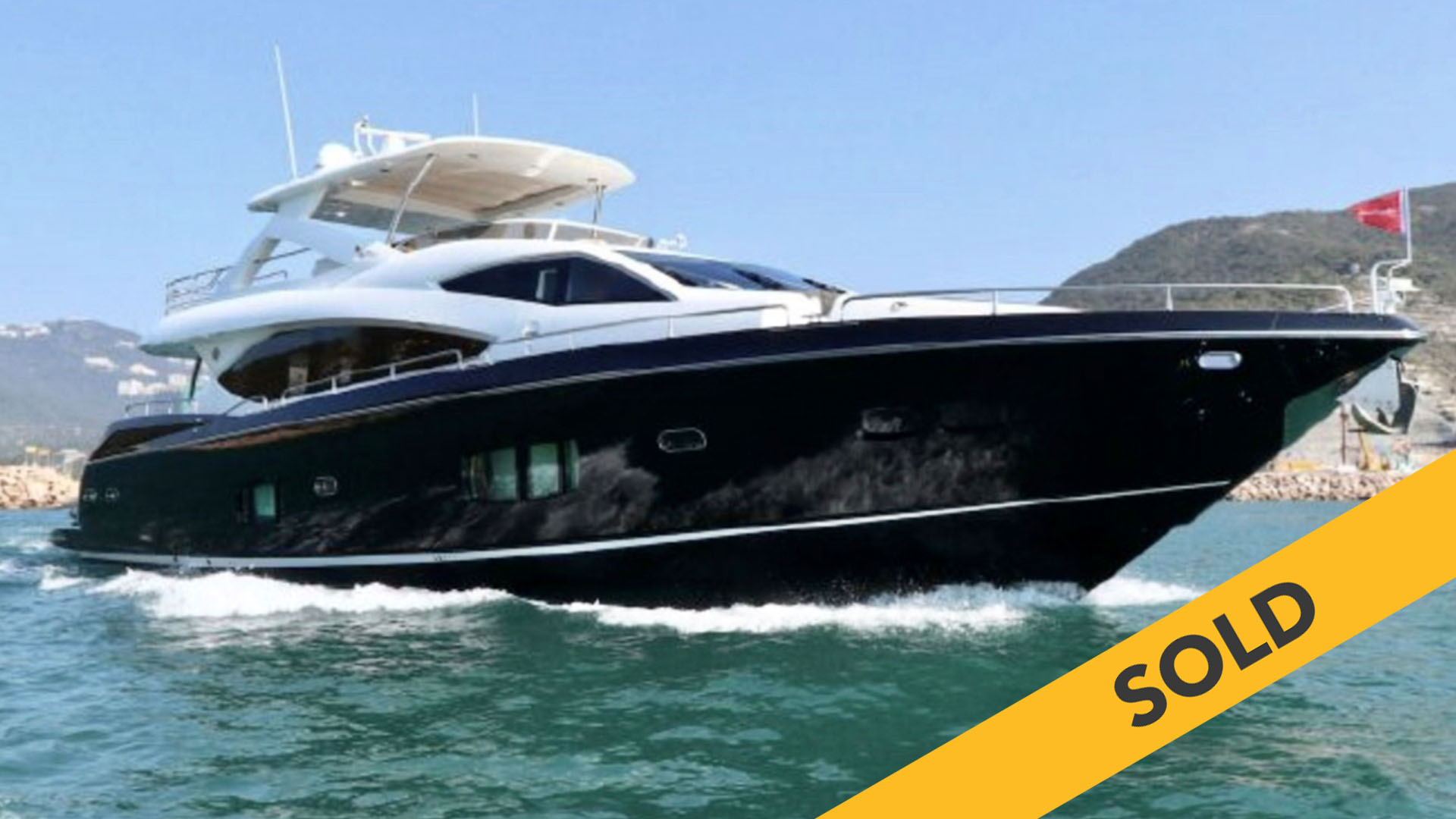 2010 SUNSEEKER YACHT 88 (SOLD)